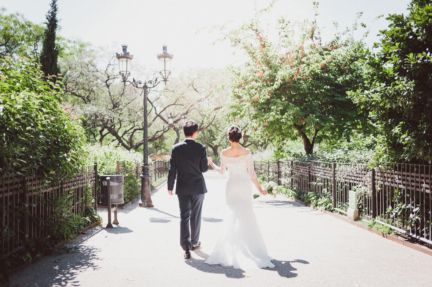 Sagrada Familia destination wedding